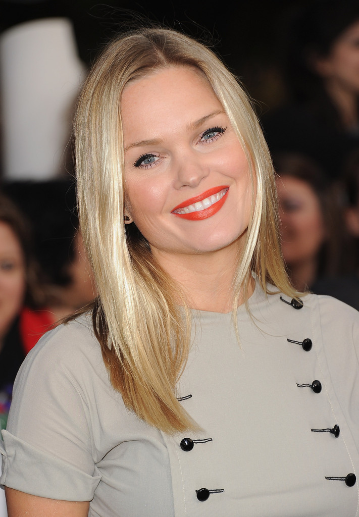 Sunny Mabrey Photos Photos The Premiere Of Breaking