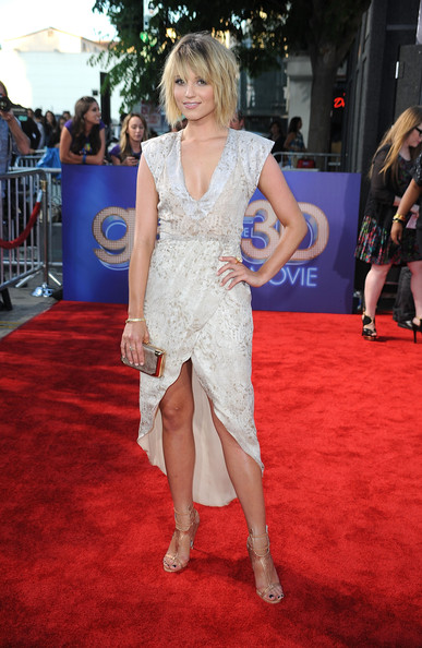 "Actress Dianna Agron arrives at the Premiere Of Twentieth Century Fox's ""Glee The 3D Concert Movie"" at the Regency Village Theater on August 6, 2011 in Westwood, California."