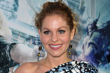 "Candace Cameron Premiere Of Warner Bros. Pictures' ""Sucker Punch"" - Red Carpet"