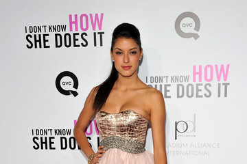 """Rebecca Zarah Mir Premiere of The Weinstein Company's """"I Don't Know How She Does It Premiere"""" Sponsored by QVC & Palladium Jewelry - Arrivals"""
