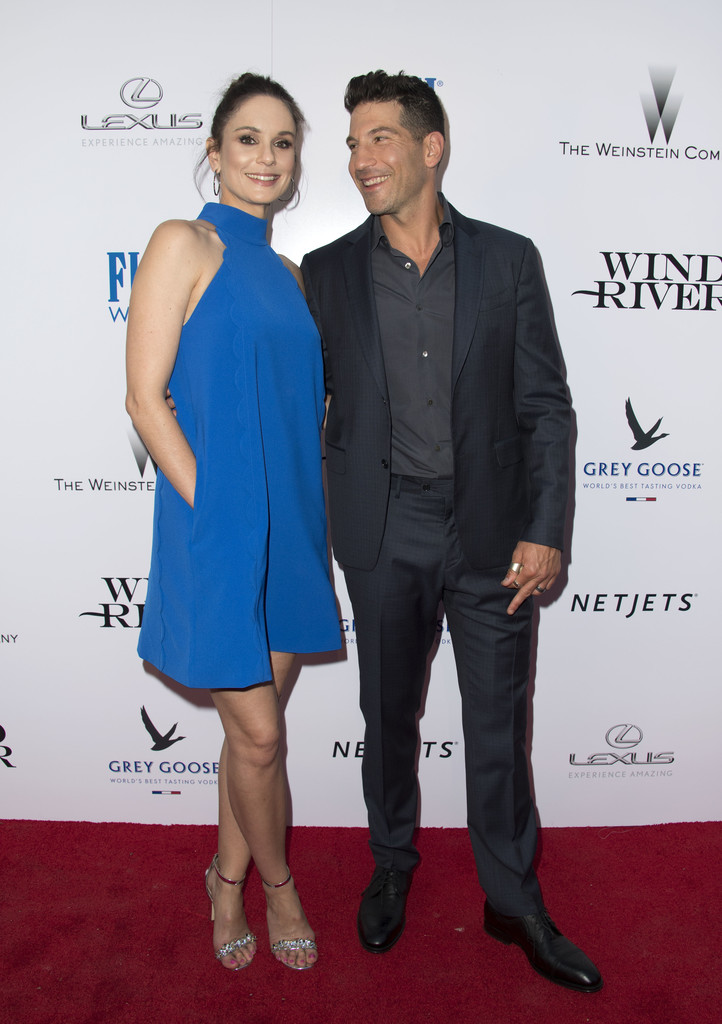 Sarah Wayne Callies And Jon Bernthal Photos Photos Zimbio