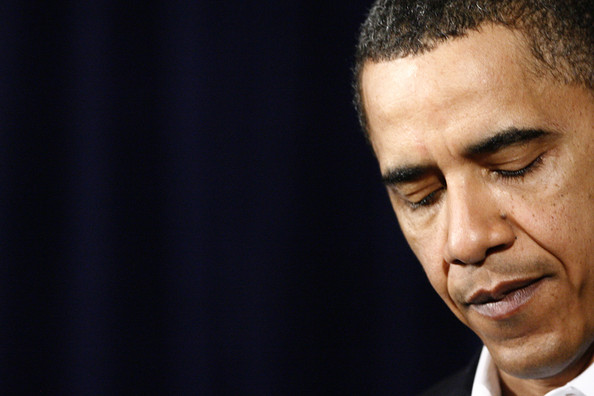 (AFP OUT) U.S. President Barack Obama makes a statement on increased security for air travel at Marine Corps Base Hawaii on December 28, 2009 in Kaneohe Bay, Hawaii. Security measures have been heightened at airports after a Nigerian man, Umar Farouk Abdulmutallab, 23, attempted to blow up Northwest 253 flight as it was landing in Detroit on Christmas day.