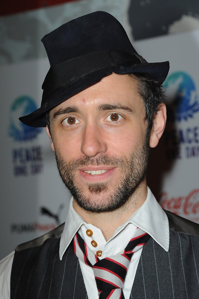 Charlie Winston In Press Room Peace One Day Celebration