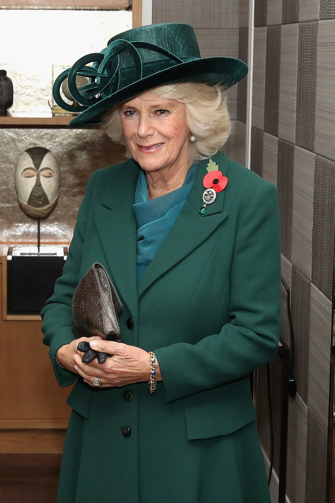Camilla Parker Bowles Photos Photos - The Prince Of Wales And Duchess Of Cornwall Greet ...