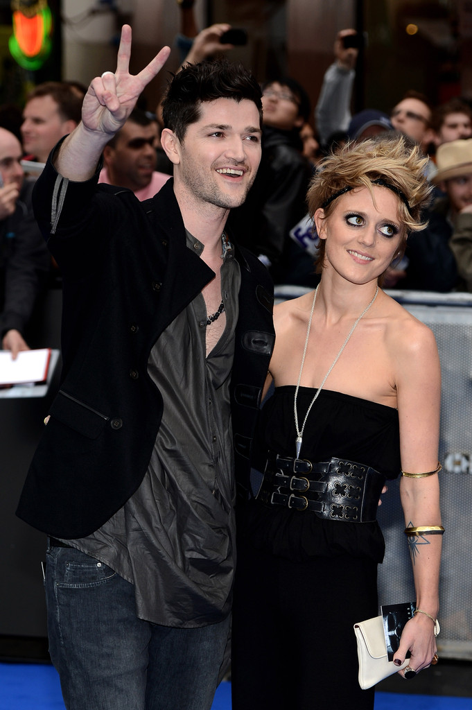 danny o donoghue dating bo 'the voice' danny o'donoghue annoys the script with bo bruce rapport though o'donoghue has denied that he is dating bruce, the rest of.