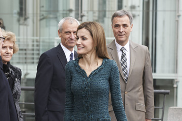 Queen Letizia of Spain Queen Letizia Visits Reina Sofia National Museum