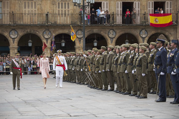 Queen Letizia of Spain Queen Letizia Delivers New National Flag To Speciality Of Engineers Regiment Number 11