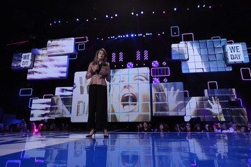 Queen Noor Stars Hang Out at We Day Minnesota