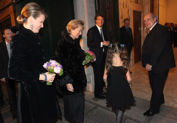 Mathilde de Bélgica Queen+Paola+Belgium+Princess+Mathilde+Attend+i6u5OIDe-6gl