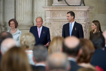 Queen Sofia King Juan Carlos I Signs Official Abdication Papers