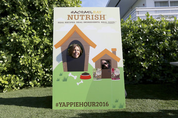 Rachael Ray John Cusimano Nutrish's Yappie Hour Hosted By Rachael Ray - 2016 Food Network & Cooking Channel South Beach Wine & Food Festival presented by FOOD & WINE