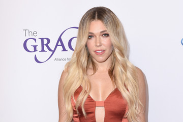 Rachel Platten The 42nd Annual Gracie Awards - Red Carpet