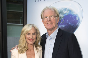 Rachelle Carson Screening of Paramount Pictures' 'An Inconvenient Sequel: Truth to Power' - Arrivals