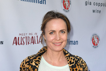"Radha Mitchell The Greater Los Angeles Zoo Association Hosts ""Meet Me In Australia"" To Benefit Australia Wildfire Relief Efforts - Red Carpet"