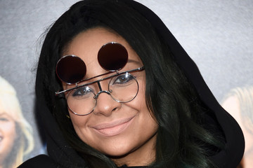 """Raven-Symone In Focus: """"How To Be Single"""" Premieres In New York"""