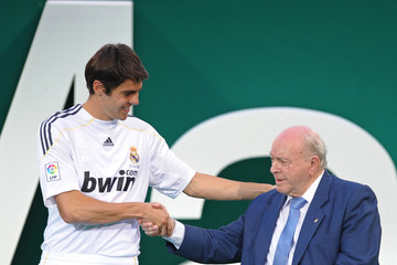 Alfredo di Stefano Real Madrid Presents Kaka As New Player