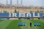 (L-R) Pepe, Cristiano Ronaldo, Sergio Ramos, Xabi Alonso, Gonzalo Higuain and Marcelo excercise during a training session ahead of their UEFA Champions League group D match against Lyon at the Valdebebas training ground on October 17, 2011 in Madrid, Spain.