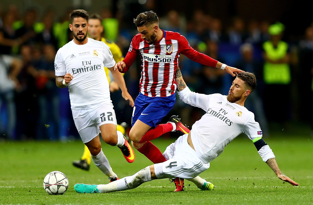 Sergio Ramos - Sergio Ramos Photos - Real Madrid v Club Atletico ...