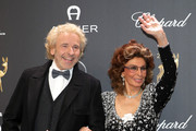 Thomas Gottschalk and Sophia Loren attend the 70th Bambi Awards at Stage Theater on November 16, 2018 in Berlin, Germany.