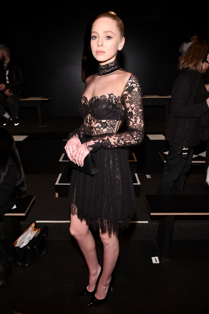 Reem Acra Front Row Fall 2016 New York Fashion Week The Shows 4 Of 13 Zimbio