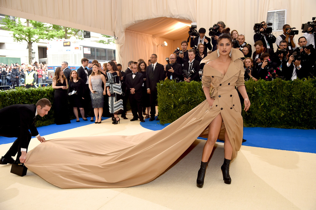 'Carmen Sandiego Returns' With Priyanka Chopra at the 2017 Met Gala