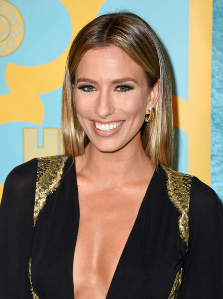 Renee Bargh Pictures -...