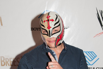 Rey Mysterio WWE's SuperStars for Kids