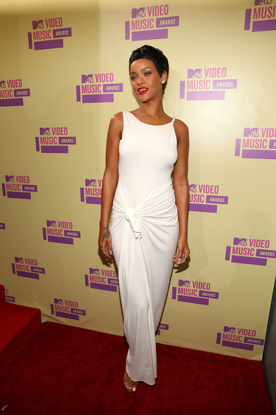 Rihanna - 2012 MTV Video Music Awards - Red Carpet