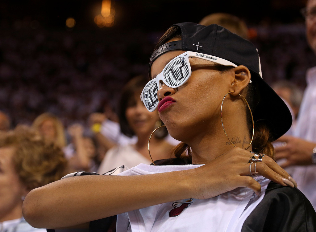 > Rihanna Showin' Love To The Heatles @ Game 1 [Bucks vs. Heat] 4.21.2013 (pics) - Photo posted in BX SportsCenter | Sign in and leave a comment below!