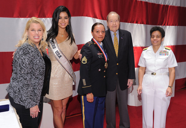 USO Honors Military Women And Women Business Leaders At 45th Annual Woman Of The Year Luncheon