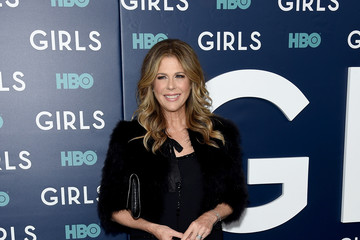 Rita Wilson The New York Premiere of the Sixth and Final Season of 'Girls' - Arrivals