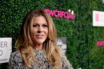 Rita Wilson WCRF's 'An Unforgettable Evening' Presented By Saks Fifth Avenue - Red Carpet