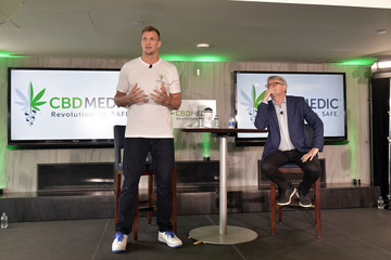 Rob Gronkowski CBDMEDIC Announces Partnership With Gillette Stadium, Advocating CBD For Pain Relief With Support From The Kraft Group