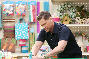 Rob Lowe Behind The Scenes: Making with Michaels