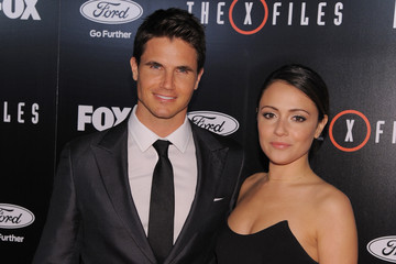Robbie Amell Premiere of Fox's 'The X-Files' - Arrivals