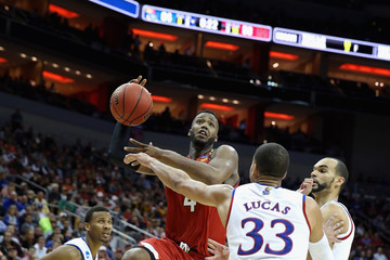 Robert Carter Landen Lucas NCAA Basketball Tournament - South Regional - Louisville
