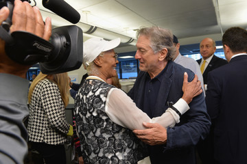 Robert De Niro Annual Charity Day Hosted By Cantor Fitzgerald, BGC and GFI - Cantor Fitzgerald Office - Inside