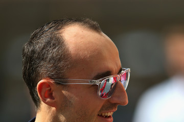 Robert Kubica F1 Grand Prix Of Abu Dhabi - Previews