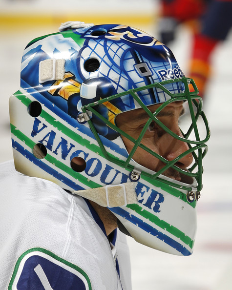 Roberto Luongo Photos Photos Vancouver Canucks V Florida Panthers