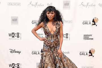 Robin Givens WACO Theater Center's 3rd Annual Wearable Art Gala - Arrivals