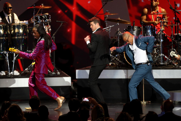 Robin Thicke and Verdine White Photos - 1 of 34