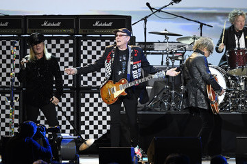 Robin Zander Tom Petersson 2020 Getty Entertainment - Social Ready Content