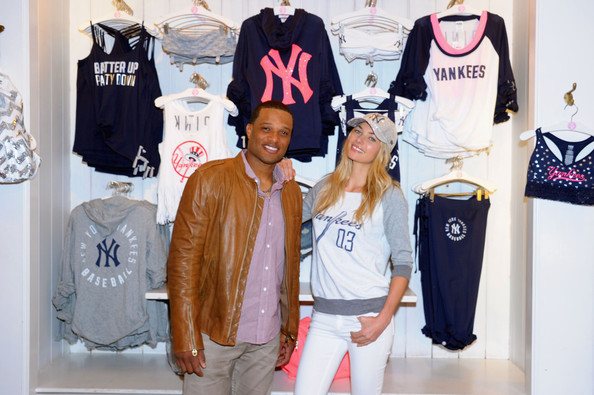 5380d61ff3 Robinson Cano and Jessica Hart Photos Photos - Victoria s Secret ...