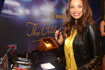 Rochelle Aytes GBK & Pilot Pen Golden Globes 2016 Luxury Lounge - Day 2