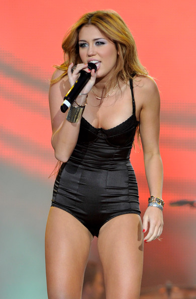 Singer Miley Cyrus performs on stage during Rock in Rio Madrid Festival on June 6, 2010 in Arganda del Rey, Spain.