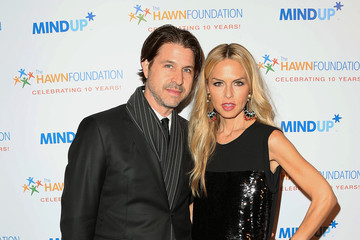 "Rodger Berman Goldie Hawn's Inaugural ""Love In For Kids"" Benefiting The Hawn Foundation's MindUp Program - Arrivals"