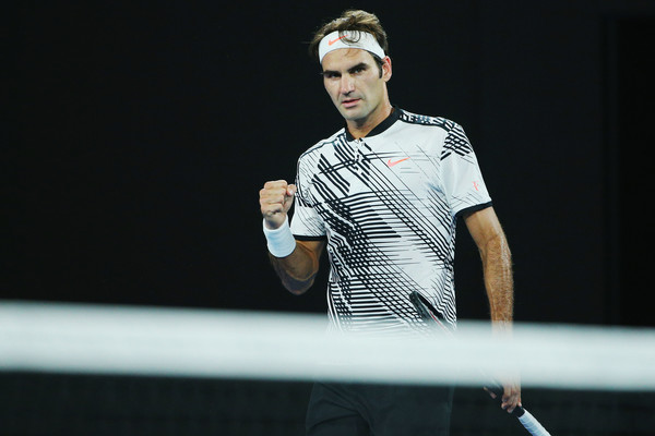Roger Federer moves past Frances Tiafoe into the Miami Masters third round