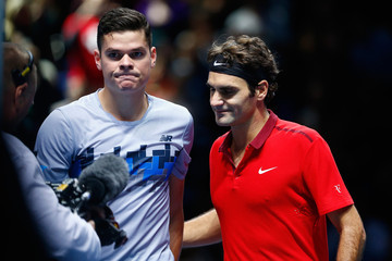 Roger Federer Milos Raonic Barclays ATP World Tour Finals - Day One