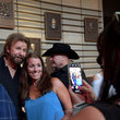Ronnie Dunn Country Music Hall Of Fame And Museum Opens Brooks And Dunn's 'Kings Of Neon'