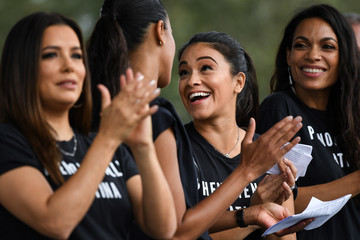 Rosario Dawson Gina Rodriguez Florida Democratic Candidates And Supporters Hold March To The Polls In Kissimmee